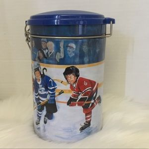 ❤️3/15 Tim Horton's Collector Canister